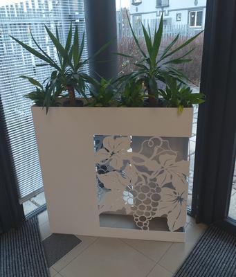 Designový květináč WINE - 2