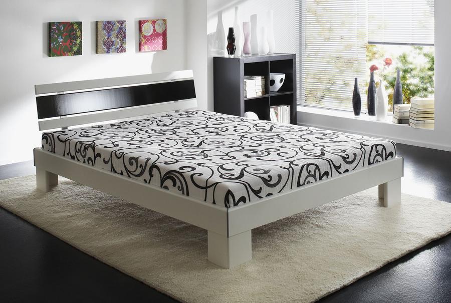 JOB Futonová Postel Radius 140x200 cm vč. matrací a roštů,bílá/ černý lesk